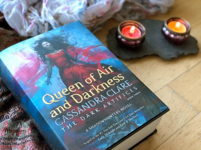 clare-queen-of-air-and-darkness-dark-artifices-2
