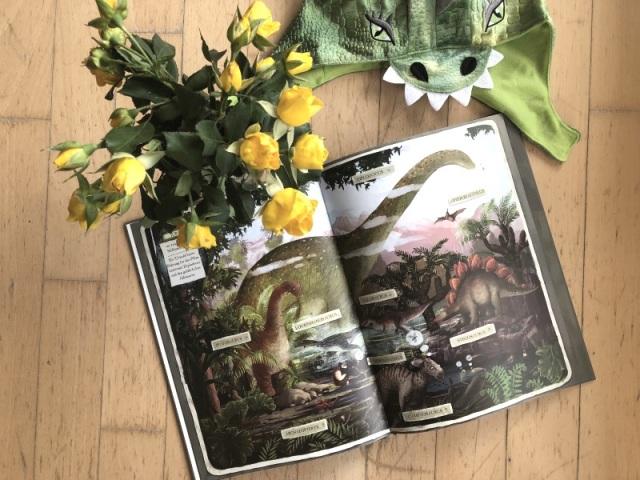 dziubak-die-ganze-welt-der-dinosaurier-2